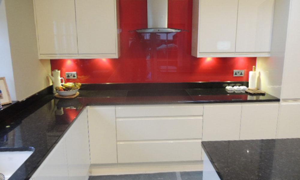 White Kitchen Red Splashback kitchen blog - sigma 3