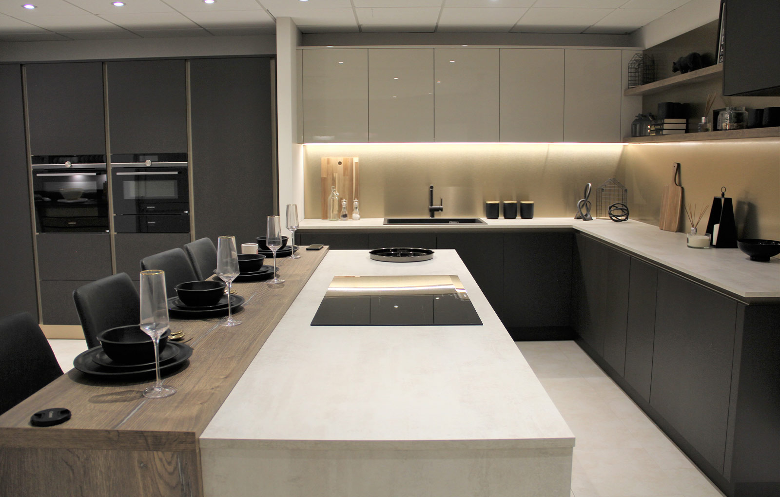 Creating A Modern Luxury Kitchen On A Budget Find Your Kitchen Inspiration Blog Sigma 3 Kitchens
