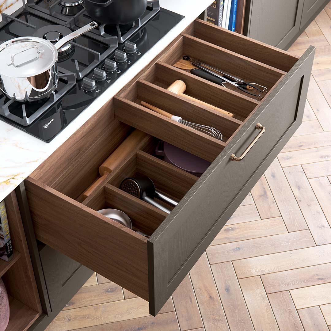 Wood Effect Kitchen Drawers   Beautiful Storage   Sigma 9
