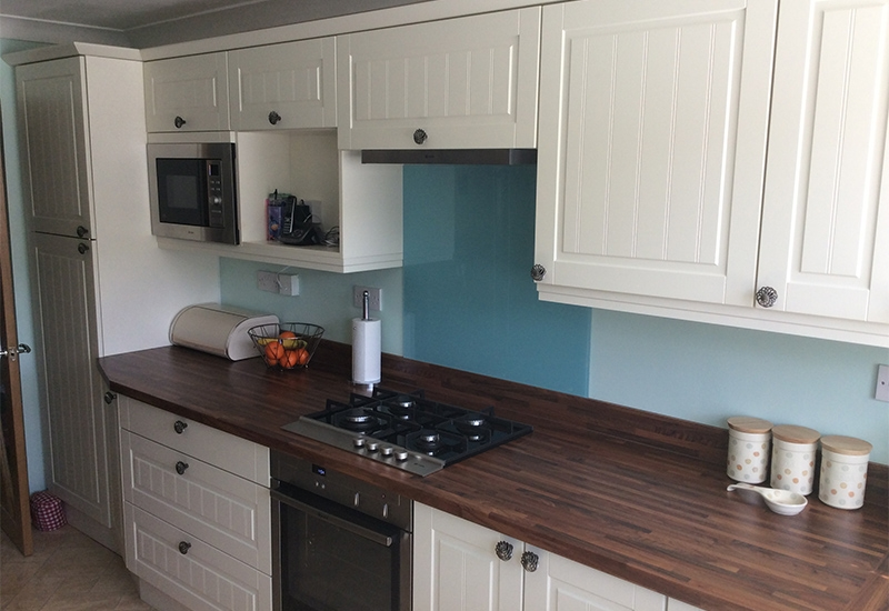 Auden Ivory with Woodmix Block worktops