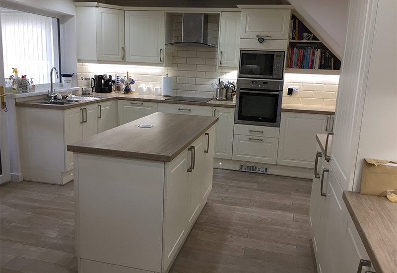 Auden Ivory with Clay Sanghe Wenge worktops