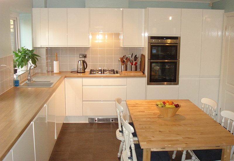 Italia White with Natural Oak worktops