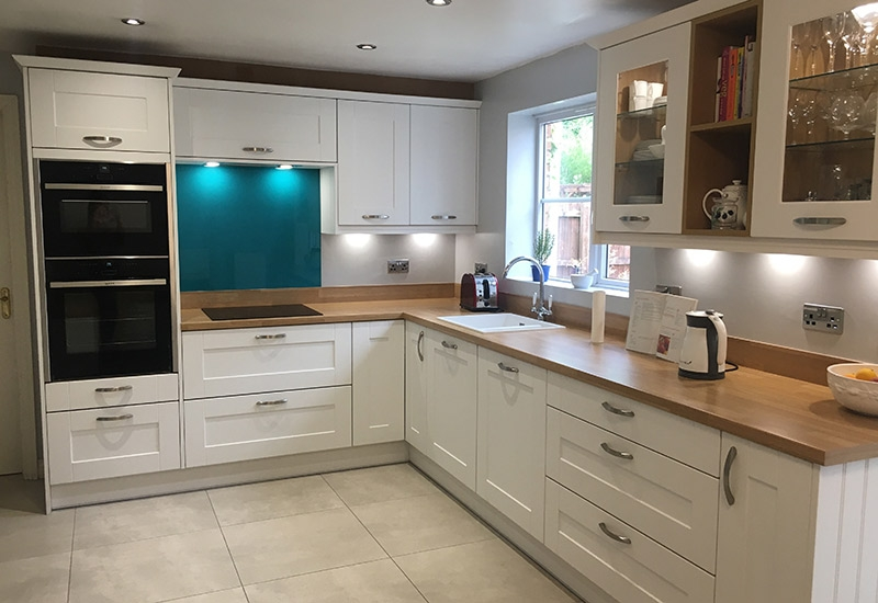 Malvern White with Natural Oak Block Worktop