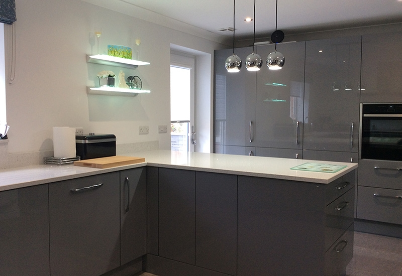 Nevada High Gloss in Dust Grey with Silestone Quartz Worktops  <span>120820191542</span>