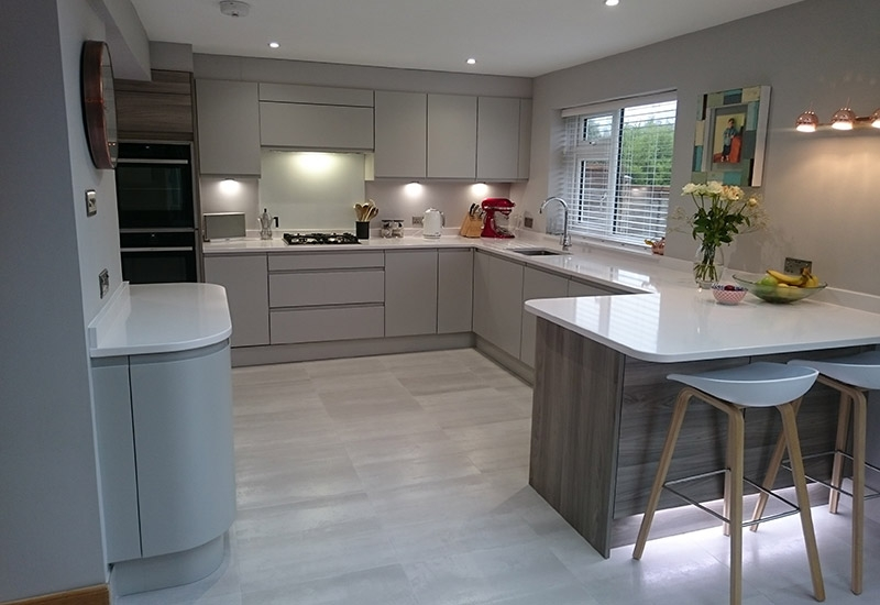 Roma Silk Light Grey with Silestone White Storm