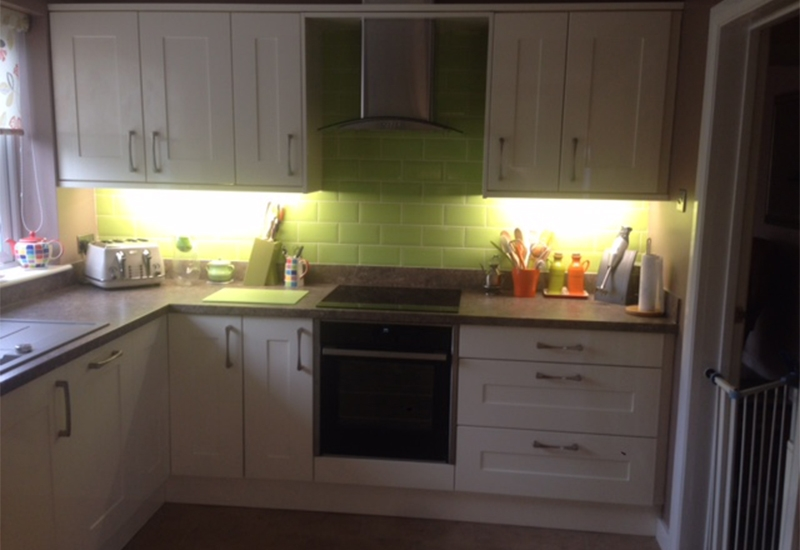 Seville Ivory with Alambra Laminate worktops