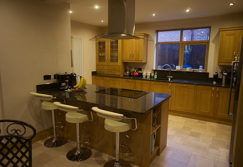 Sudbury Lancaster Oak with Nero Impala Granite
